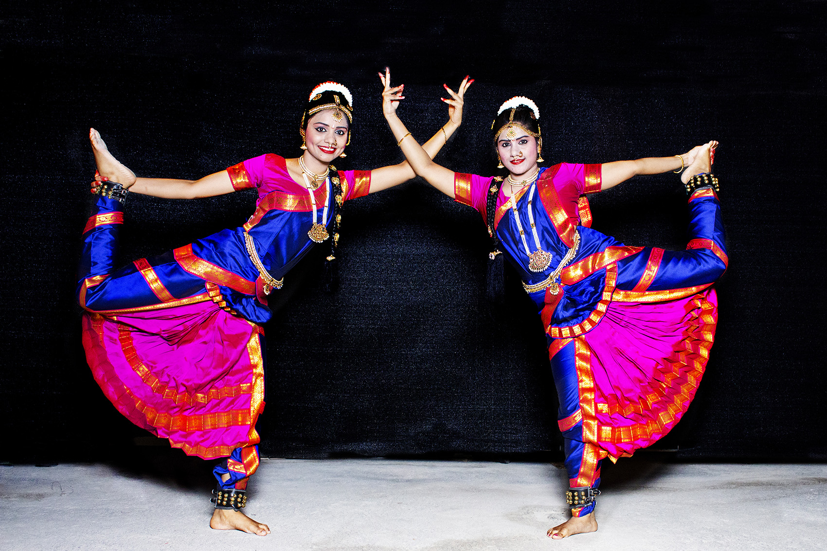 Bharatanatyam Girls0 1 - DANCE TROUPE